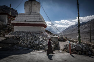 The Nepal and Tibet workshop. Christian Nørgaard, Christian Noergaard at the Rongbuk-Monastery-lies-near-the-base-of-the-north-side-of-Mount-Everest-claimed-to-be-the-highest-elevation-monastery-in-the-world.